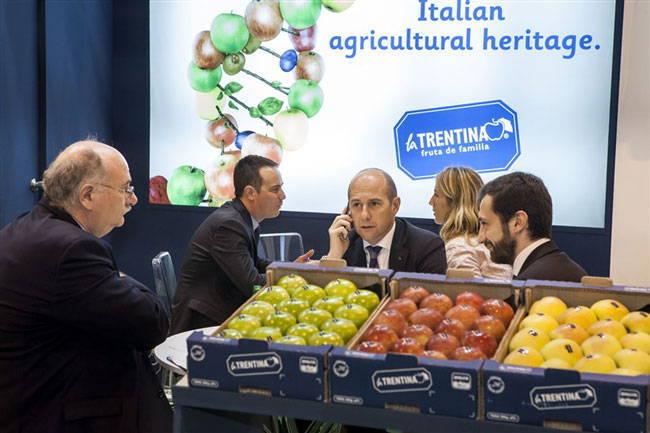 نمایشگاه میوه و سبزیجات اسپانیا (fruit attraction 2017)
